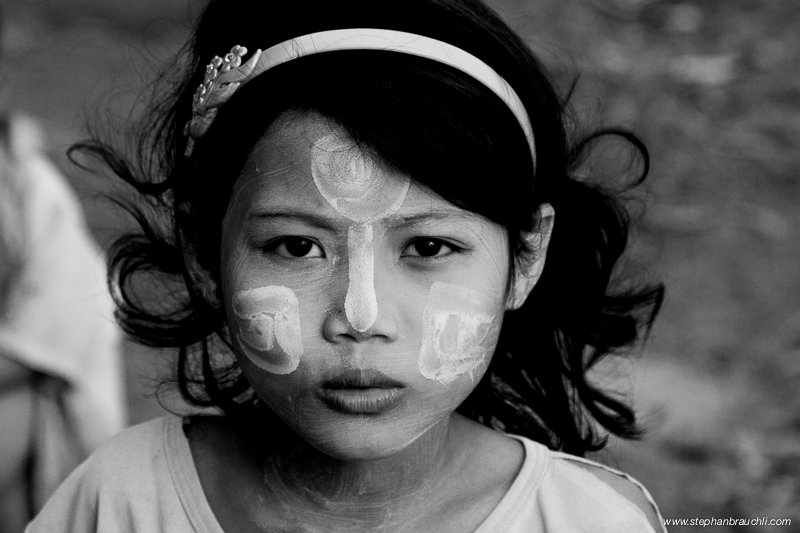Burmese girl with Tanaka