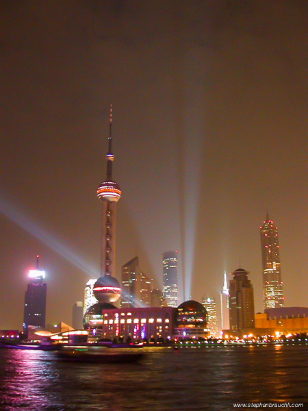 Shanghai by night - 2001